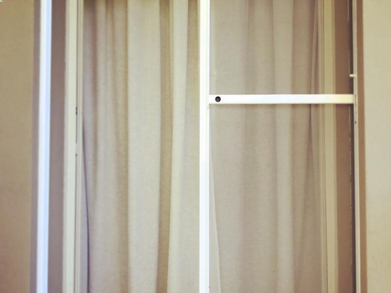 zanzariera-orizzontale-per-abitazioni-e-spazi-professionali