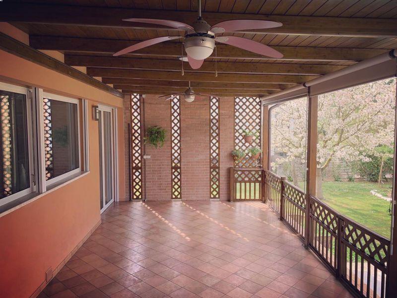 portico-in-legno-su-misura